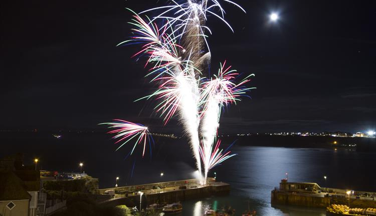 New Year's Eve Fireworks at Newquay Harbour
