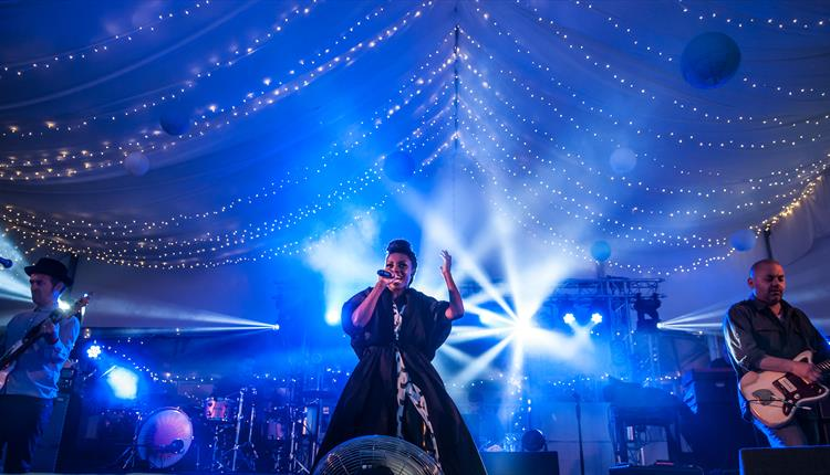 Morcheeba at Lusty Glaze's Sundowner Sessions