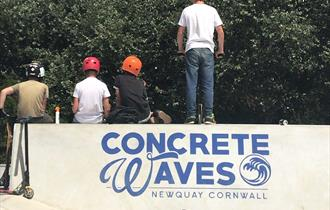 Concrete Waves ®