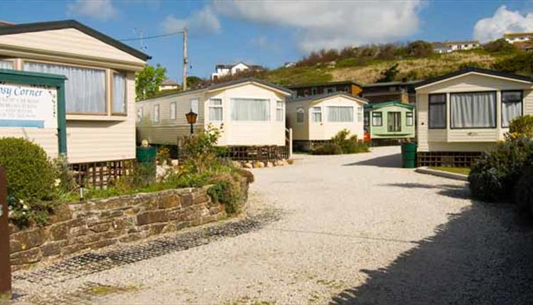 Cosy Corner Holiday Park, Mawgan Porth